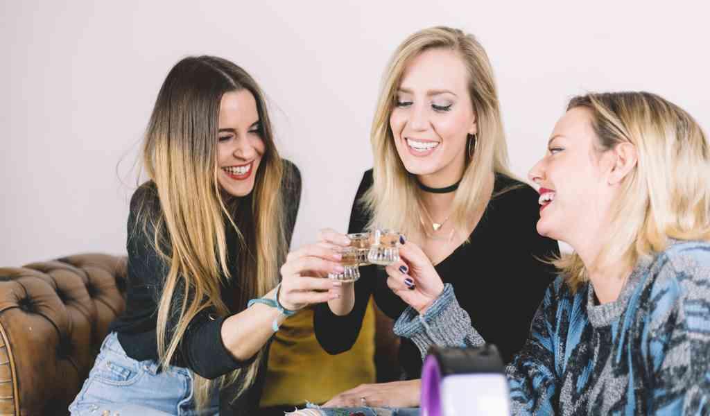 Лечение женского алкоголизма в Индустрии круглосуточно